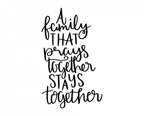 Free SVG cut file - A family that prays together stays together